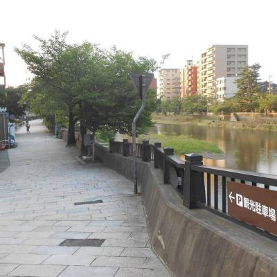 朝の浅野川・その1♪