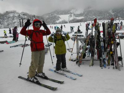 イオックスアローザで子どもたちはスキー♪