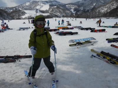 娘はスキーを楽しむ♪