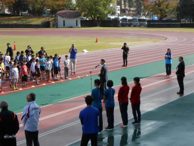 金沢マラソンプレゼンツ・ジュニアランニングレッスン開講式の様子・2♪